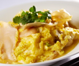 Stir-fried B.C. Geoduck with Eggs by Chef Ming Yeung, Bamboo Grove